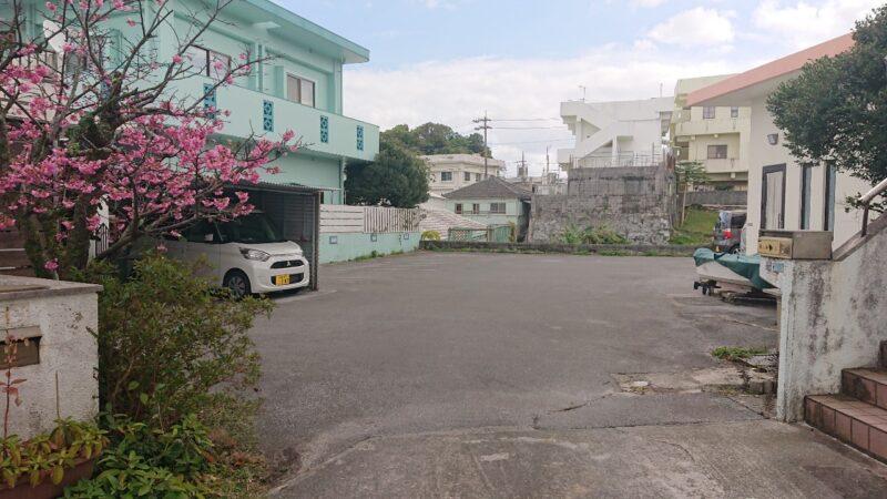 帯広豚丼炭火焼とんたん沖縄市嘉間良の駐車場