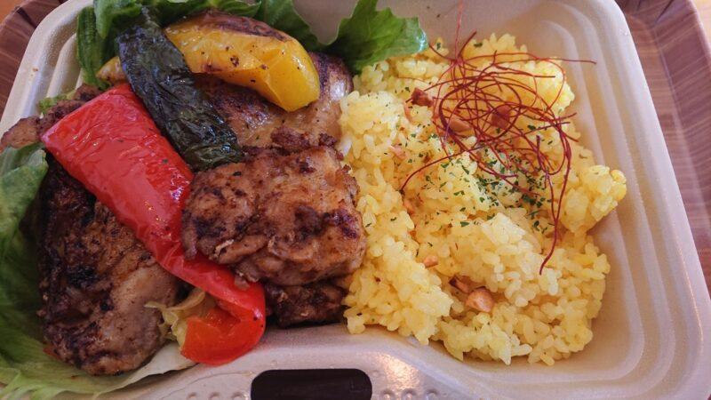 cafeNooR(ノア)沖縄市銀天街のジャークチキン