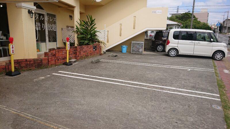 クローゼットフォーオール(CLOSET for ALL)沖縄市山内の駐車場