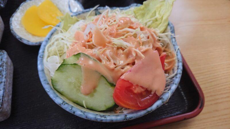 お食事処味広沖縄市泡瀬のサラダ