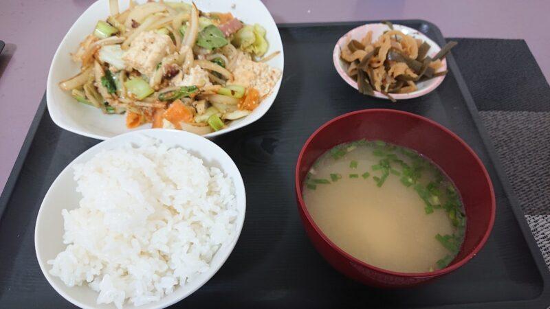 アッコの朝ごはん諸見百軒通り沖縄市園田の豆腐チャンプルー