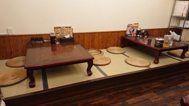 餃子酒場やまと×博多ラーメン極麺うまか沖縄市上地の座敷