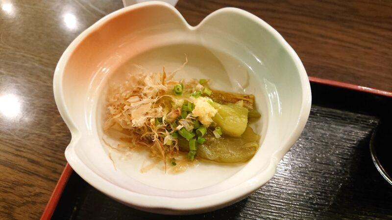 デイゴホテルレストランうりずん沖縄市中央の魚定食(煮付け)おひたし