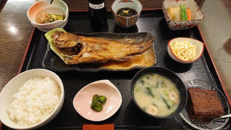 デイゴホテルレストランうりずん沖縄市中央の魚定食(煮付け)